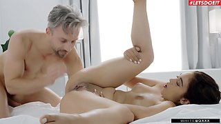 Sweet girlfriend Ginebra Bellucci gets fucked good on the bed