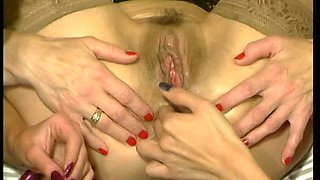 Old Skank Gets Her Holes Abused Vintage Scene