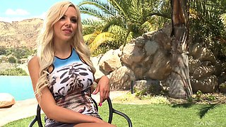 Nina Elle's amazing body is all a horny man wants to penetrate