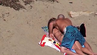 Beach bikini fuck