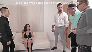 Sexy Babe Shows How Nasty Crazy She Can Be