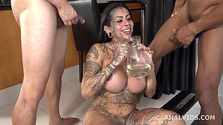 Drilling Deep in a Gangbang With Five Guys in that Big Juicy Ass of Izabelly