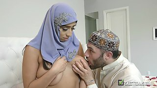 Busty Arabian Queen
