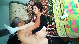 Amateur Asian Grandpa Pounding Wife Hard