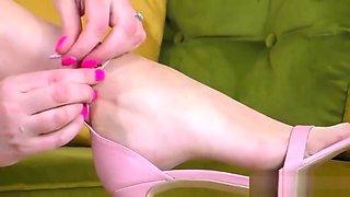 High heeled mature british whore rubs