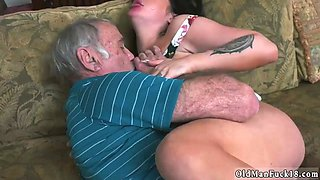 Old milf big tits compeer patron and daddy anal lescompanion Frannkies a rapid learner