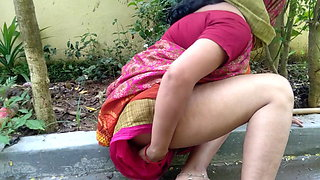 stepmom caught pissing outdoors in a public backyard
