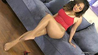 Jessica en pantimedias naturales desnudas
