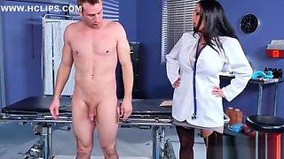 Hot Kinky Patient (Ava Addams) Seduced By Doctor Enjoy Sex Treatment clip-03