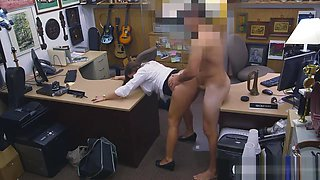Big ass woman railed by pawnshop owner in the office