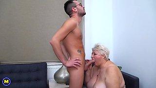 Busty granny astrid sucking n fuck cock