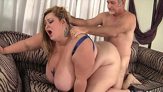 Big titty BBWs taking hard dicks in their mouth and perform amazing blowjobs