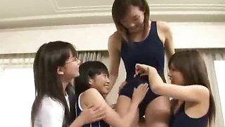 Futanari Teens Foursome!