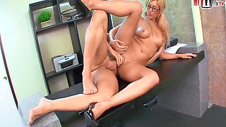 Blonde With Natural Tits Wants To Get Fucked In The Office By Her Boss While