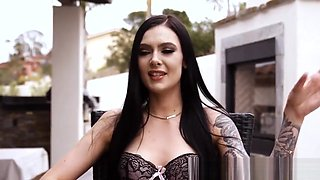 Petite Tattooed Babe Gives Perfect Blowjob in Pov