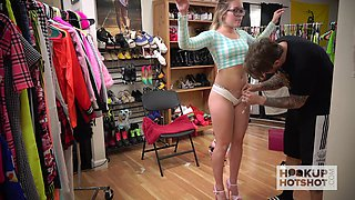 Bootyful blondie Katie Kush is changing her clothes in front of one kinky guy