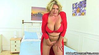 British milf Camilla Creampie gets busy with legs spread wid