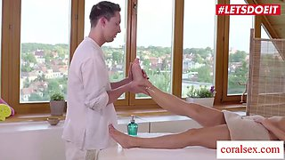 Letsdoeit married czech babe can&#39t help but seduce and fuck her masseur