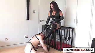 Brit dominatrix whips mercilessly naughty slave
