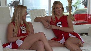 Blonde cheerleaders Heather Starlet & Kendra Banx love eating pussy