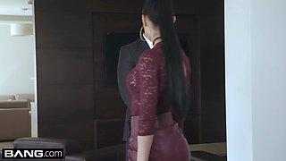Glamkore Cheating wife Anna Rose fucks her body guard