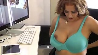 The best milf discovers that not his son recorded 1