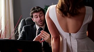Adult Pretty Secretary Has Sex With Her Boss In The Office