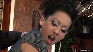 Leonelle Knoxville cannot resist a wet pussy and a hard prick