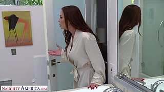 Horny babe Diamond Foxxx enjoys getting fucked by a handsome dude
