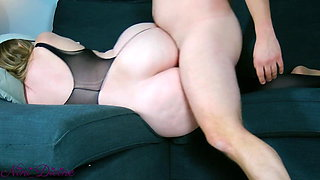 Stepmom In sexy Lingerie seduces son with her huge Ass!