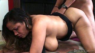 Horny hubby fucks his fat Mexican bitch Kira B greedily