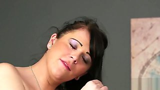 Frisky centerfold gets jizz shot on her face eating all the semen