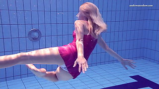 Elena Proklova shows how sexy can one be alone in the pool