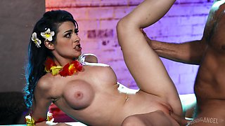 Tropical looking babe with big tits Jewelz Blu loves to ride a dick
