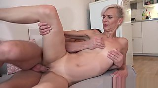 Horny milf fucked with young bunny