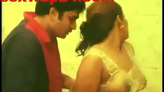 Hot bathroom seduction of thick indian woman