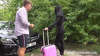 Taxi driver fucks cheeky muslim girl
