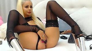 webcam stocking blondie