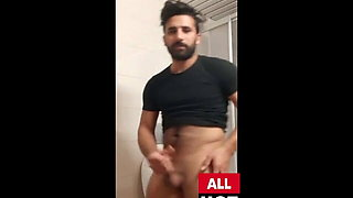 HORNY MAN JERKING AND CUM SO HOT - Y4S1N TURKISH 1976