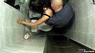 Fucks cute Russian girl in club toilet