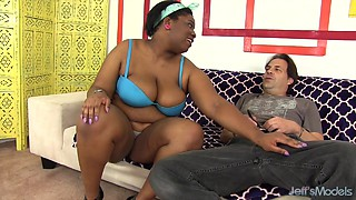 Chubby Luna gets her black pussy reamed