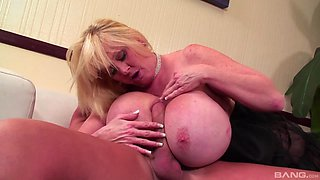 Mature with huge tits, strong cock sucking and rough porn
