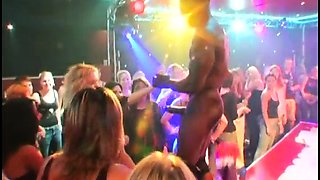 Super-horny babes know how to party
